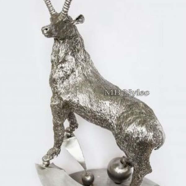 metaloplastyka - rzeźby z metalu - koziorożec ze stali - nr.katZ48