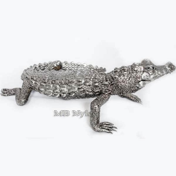 rzeźby z metalu - aligator ze stali - metaloplastyka - numer kat.Z46