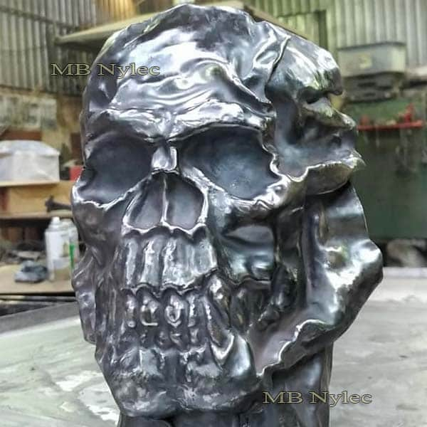 płaskorzeźba z metalu - czaszka na ścianę ze stali - metaloplastyka - nr kat.Z68