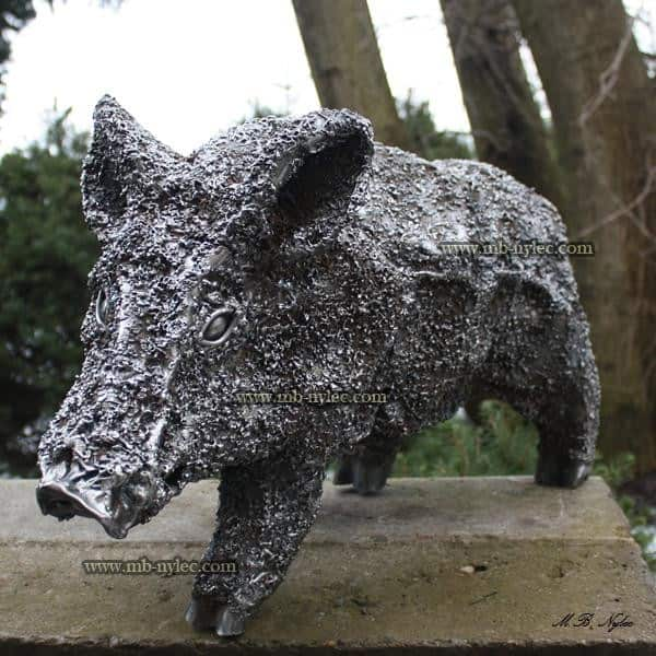 rzeźby z metalu - warchlak ze stali - rzeźby stalowe podkarpacie - nr. kat. Z13